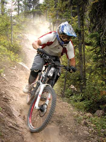 Mountain_Biking_Golden02