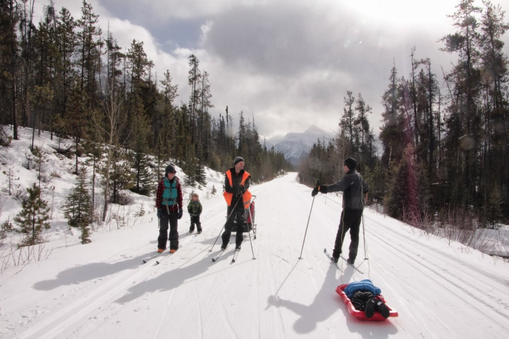 Skiing to Leach Lake on Hwy 93A