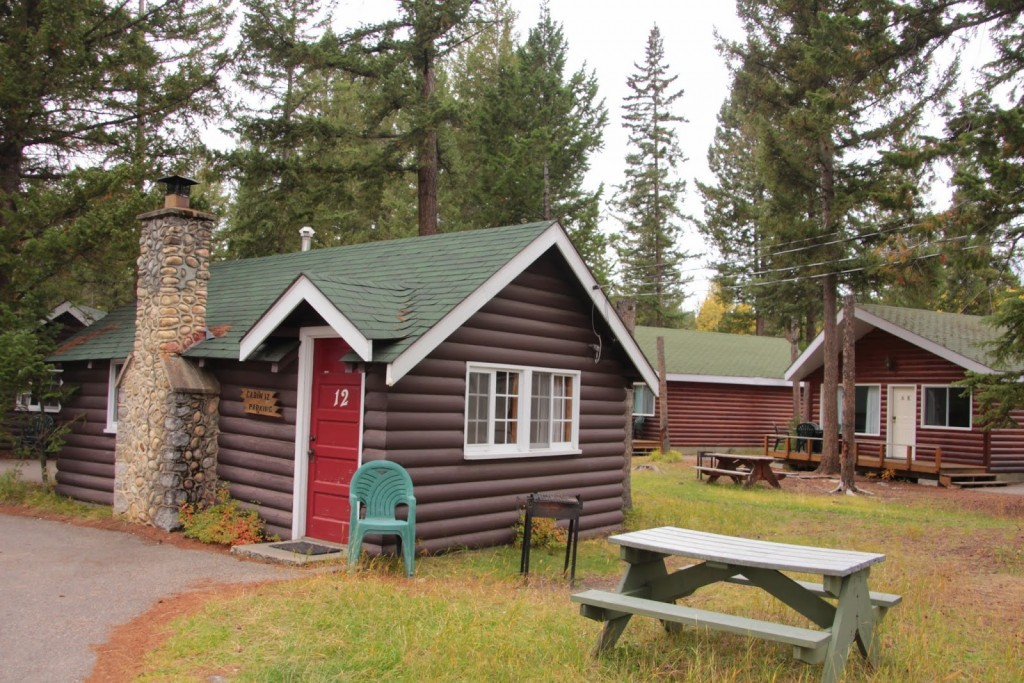 Simple cabins at the Pine Bungalows in Jasper