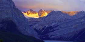 bow lake sunrise