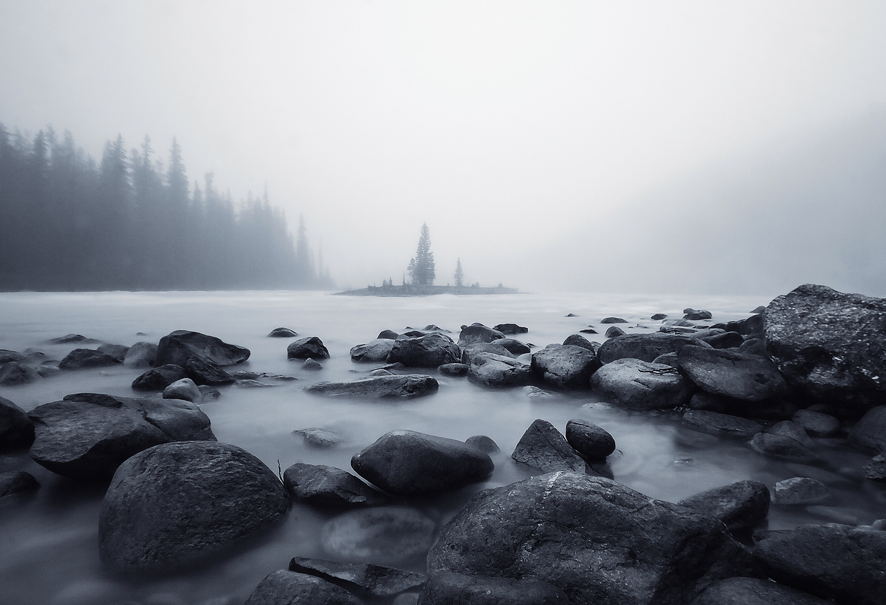 misty morning in jasper