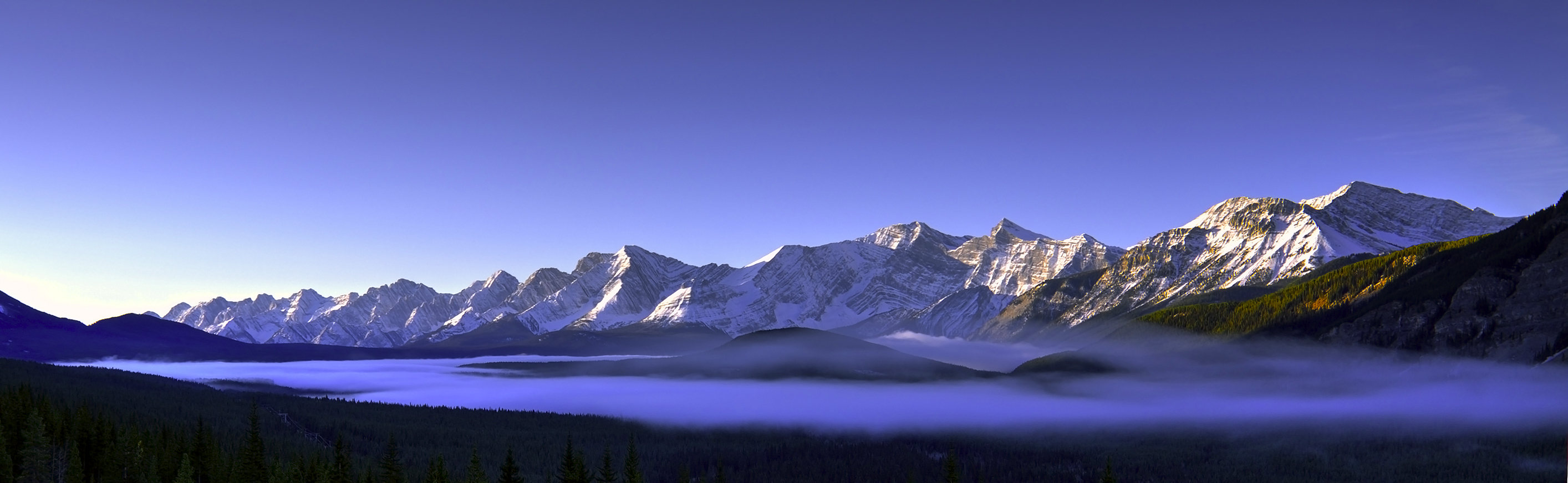 kananaskis valley in mist